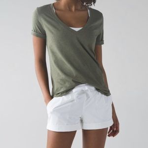 Lululemon Love Tee III, Fatigue Green Size 6